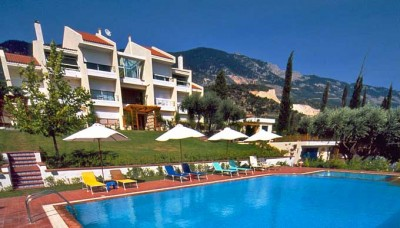 Όλο τον Ιούνιο έως 15 Ιουλίου διακοπές στην Κεφαλονιά, με 75€ από 140€, για ένα τριήμερο 2 ατόμων στο πανέμορφο Felix Residence, που διαθέτει πισίνα, υπέροχους κήπους & πολυτελή πλήρως εξοπλισμένα studios, με θέα στο Ιόνιο Πέλαγος. Εναλλακτικά 105€ από 21